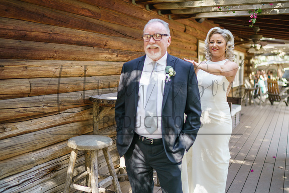 Photos of Natalie and David's wedding day
